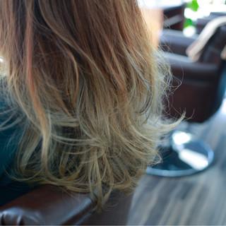 グラデーションカラー アッシュ アッシュグラデーション ストリート ヘアスタイルや髪型の写真・画像 ヘアスタイルや髪型の写真・画像