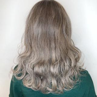 ボブ ウェーブ アンニュイほつれヘア セミロング ヘアスタイルや髪型の写真・画像 ヘアスタイルや髪型の写真・画像