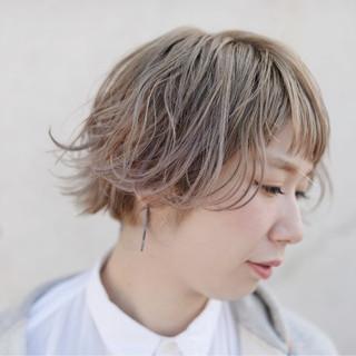 ショート ハイライト ハイトーン ボブ ヘアスタイルや髪型の写真・画像 ヘアスタイルや髪型の写真・画像