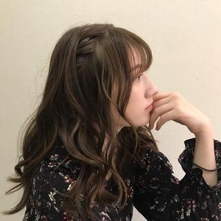 セミロング ナチュラル ふんわり ヘアアレンジ ヘアスタイルや髪型の写真・画像