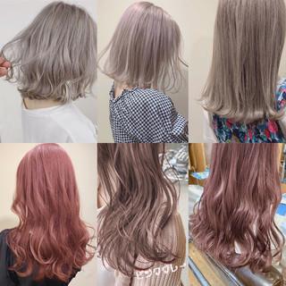 ミディアム ミルクティーベージュ ブリーチカラー インナーカラー ヘアスタイルや髪型の写真・画像
