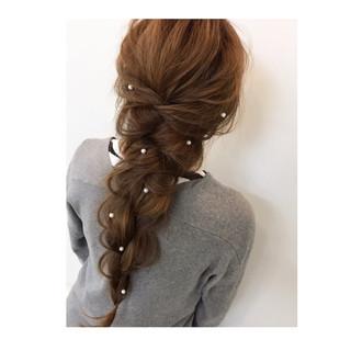 エレガント デート 上品 編み込み ヘアスタイルや髪型の写真・画像
