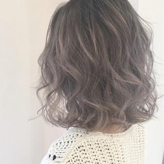 ストリート ミディアム ハイライト ニュアンス ヘアスタイルや髪型の写真・画像