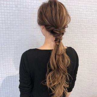 モード ロング ポニーテール 簡単ヘアアレンジ ヘアスタイルや髪型の写真・画像 ヘアスタイルや髪型の写真・画像