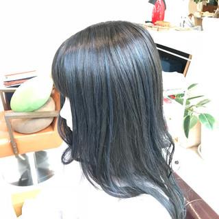 セミロング ブルー ストリート ブルーブラック ヘアスタイルや髪型の写真・画像