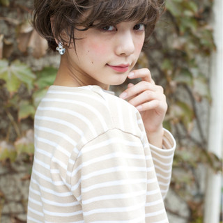 外国人風カラー ショート 外国人風 大人かわいい ヘアスタイルや髪型の写真・画像