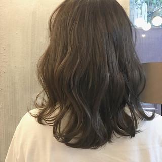 秋 透明感 ミディアム 涼しげ ヘアスタイルや髪型の写真・画像 ヘアスタイルや髪型の写真・画像