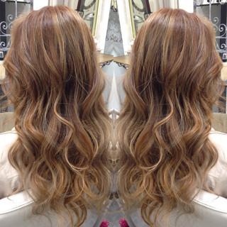 ロング ダブルカラー グラデーションカラー ガーリー ヘアスタイルや髪型の写真・画像 ヘアスタイルや髪型の写真・画像