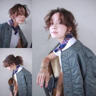 ミディアム パーマ ストリート 外国人風 ヘアスタイルや髪型の写真・画像