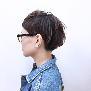 モード ショート 刈り上げ アッシュ ヘアスタイルや髪型の写真・画像