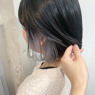 インナーカラーシルバー インナーカラー インナーカラーグレー ボブ ヘアスタイルや髪型の写真・画像