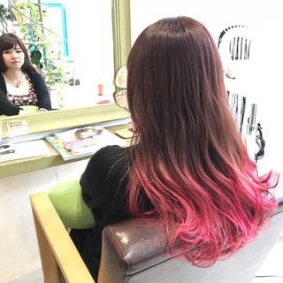 ガーリー ピンク グラデーションカラー カラーバター ヘアスタイルや髪型の写真・画像 ヘアスタイルや髪型の写真・画像