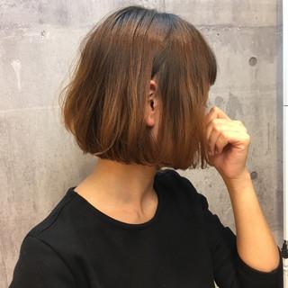 デート オフィス イルミナカラー ナチュラル ヘアスタイルや髪型の写真・画像