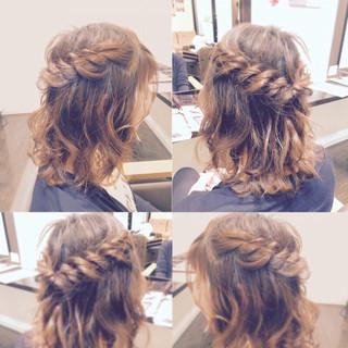 外国人風 ヘアアレンジ ゆるふわ ハーフアップ ヘアスタイルや髪型の写真・画像 ヘアスタイルや髪型の写真・画像