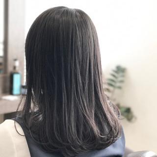 暗髪 ナチュラル セミロング リラックス ヘアスタイルや髪型の写真・画像
