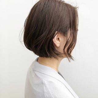 ボブ ベージュ デート パーマ ヘアスタイルや髪型の写真・画像