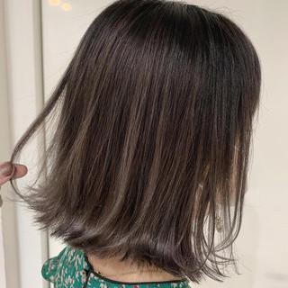 ミニボブ ガーリー モテ髪 切りっぱなしボブ ヘアスタイルや髪型の写真・画像