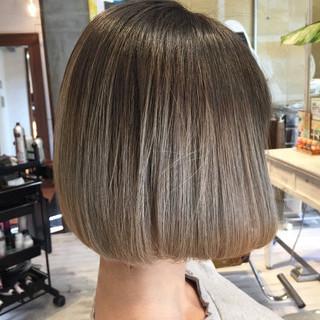 透明感 ボブ 外国人風カラー アッシュ ヘアスタイルや髪型の写真・画像 ヘアスタイルや髪型の写真・画像