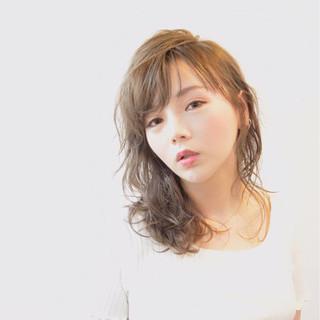 ミディアム 秋 オフィス 女子会 ヘアスタイルや髪型の写真・画像