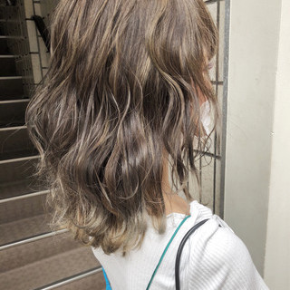 女子力 ナチュラル ハイライト グレージュ ヘアスタイルや髪型の写真・画像