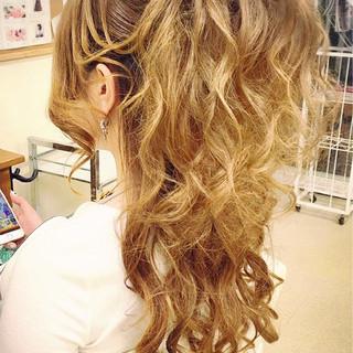 ヘアアレンジ ロング エクステ ハーフアップ ヘアスタイルや髪型の写真・画像 ヘアスタイルや髪型の写真・画像
