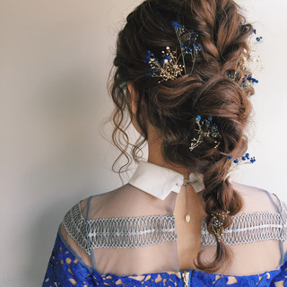 編み込み ヘアアレンジ フェミニン セミロング ヘアスタイルや髪型の写真・画像