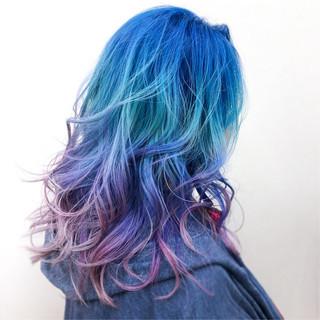 カラフルカラー セミロング 派手髪 ストリート ヘアスタイルや髪型の写真・画像