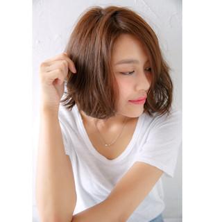 パーマ ショートボブ ゆるふわ 外国人風 ヘアスタイルや髪型の写真・画像