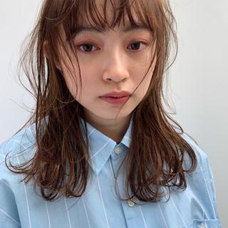 ヘアアレンジ デート フェミニン ミディアム ヘアスタイルや髪型の写真・画像