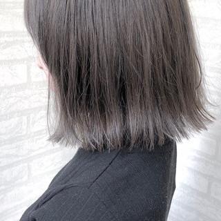 ハイトーン 黒髪 グレージュ ボブ ヘアスタイルや髪型の写真・画像 ヘアスタイルや髪型の写真・画像