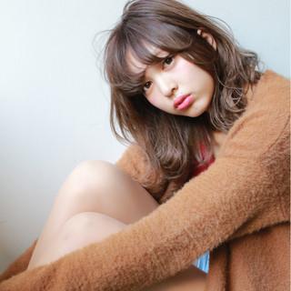 パーマ ヘアアレンジ 冬 ゆるふわ ヘアスタイルや髪型の写真・画像