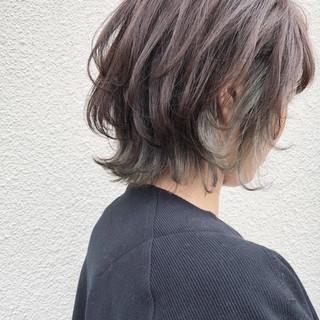 外ハネ インナーカラー ショート こなれ感 ヘアスタイルや髪型の写真・画像
