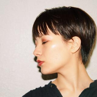 ベリーショート マッシュショート ショート モード ヘアスタイルや髪型の写真・画像