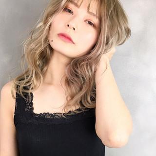 外国人風 透明感カラー ヘアカラー ロング ヘアスタイルや髪型の写真・画像