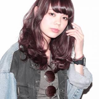 ストリート 暗髪 ウェットヘア ストレート ヘアスタイルや髪型の写真・画像