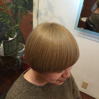 ショート モード マッシュ ボブ ヘアスタイルや髪型の写真・画像