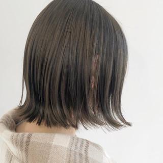 ベージュ アッシュベージュ ボブ 外ハネボブ ヘアスタイルや髪型の写真・画像