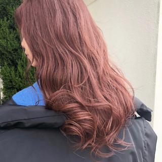ピンクブラウン ラベンダーピンク ピンクラベンダー ロング ヘアスタイルや髪型の写真・画像