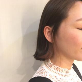 ピンク 透明感 インナーカラー イルミナカラー ヘアスタイルや髪型の写真・画像