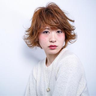アッシュ ショート 外国人風 フェミニン ヘアスタイルや髪型の写真・画像 ヘアスタイルや髪型の写真・画像
