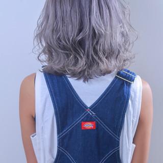 透明感 グレージュ ブリーチ 外国人風カラー ヘアスタイルや髪型の写真・画像