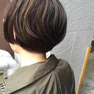 ショート ハイライト ニュアンス モード ヘアスタイルや髪型の写真・画像