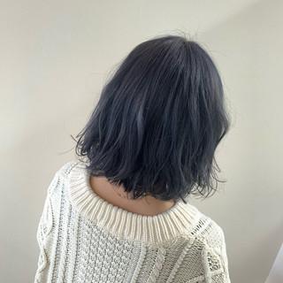 モード ミディアム ブルー ブリーチ ヘアスタイルや髪型の写真・画像