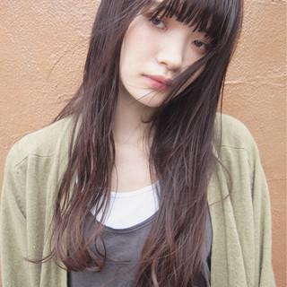 ロング ニュアンス 黒髪 ナチュラル ヘアスタイルや髪型の写真・画像
