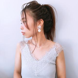 ミディアム 簡単ヘアアレンジ フェミニン 女子力 ヘアスタイルや髪型の写真・画像