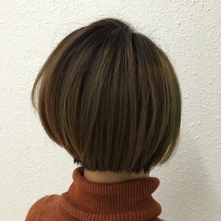 グラデーションカラー ストリート 小顔 ミルクティー ヘアスタイルや髪型の写真・画像