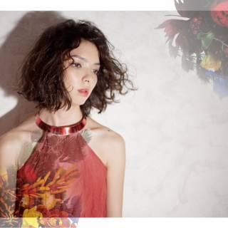 モード パーマ 暗髪 ウェーブ ヘアスタイルや髪型の写真・画像