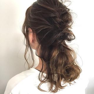 デート セミロング 結婚式 ヘアアレンジ ヘアスタイルや髪型の写真・画像