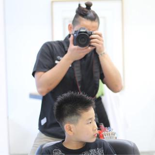 子供 ショート ストリート メンズ ヘアスタイルや髪型の写真・画像