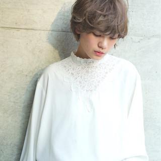 外国人風カラー ショート 冬 小顔 ヘアスタイルや髪型の写真・画像